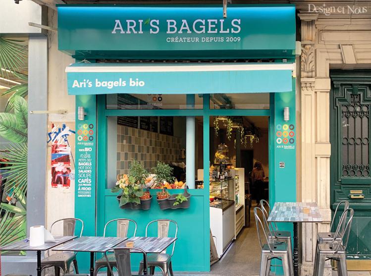 cafe restaurant idée déco sur mesure à personnaliser pas cher lettrage adhésif texte vitrine