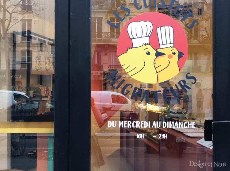 cafe restaurant vitrine vitre porte mur lettres lettrage texte calicot sur mesure à personnaliser